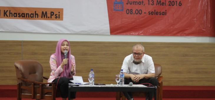 """Kuliah Umum 1 """"Membangun Pribadi Unggul yang Islami"""""""